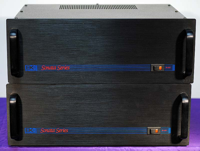 B&K M-200 Sonata power amplifiers