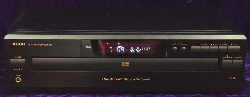 Denon DCM-280 disc players