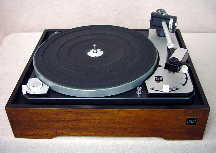 DUAL 1009 Turntables