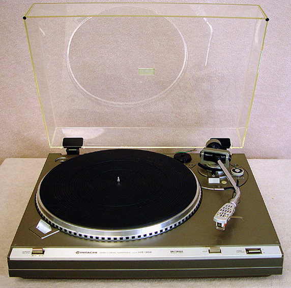 HITACHI HT356 Turntables