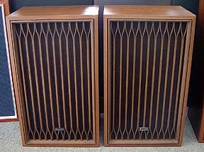 Kenwood KL-555 Speakers