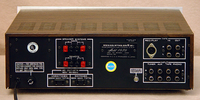 Marantz 1030 integrated amps