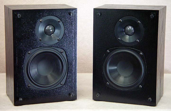SNELL M Speakers