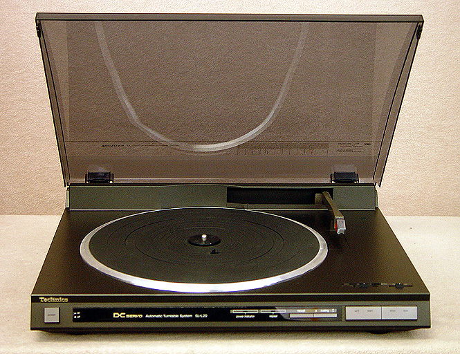 TECHNICS SL-L20 Turntables